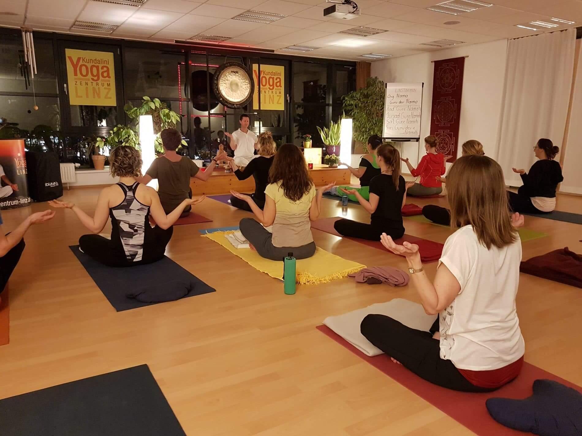 Yoga Mantren